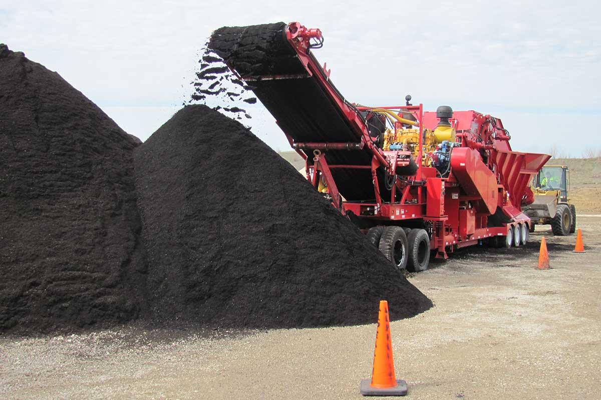 LL-Pelling-recycle-asphalt-shingles.jpg