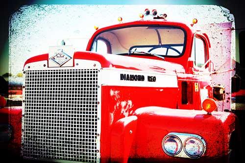 LL-Pelling-Diamond-Reo-Truck_Company-History